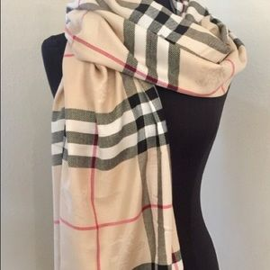 Burberry classic print large scarf